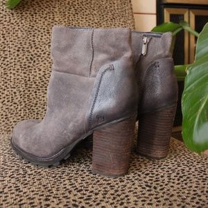 SAM EDELMAN GRAY SUEDE & LEATHER ANKLE BOOTS
